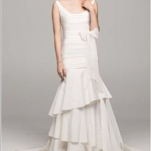 David's Bridal Wedding Gown Size 4-6